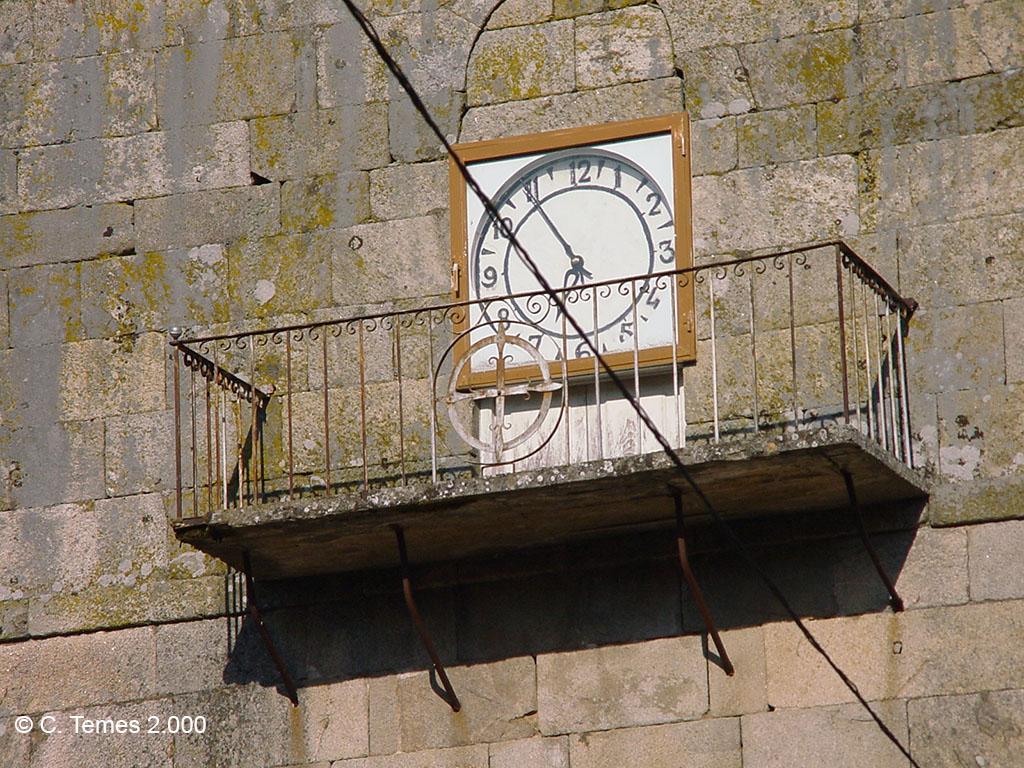 Reloj (torre Iglesia)